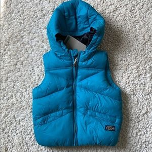 Teal puffy vest